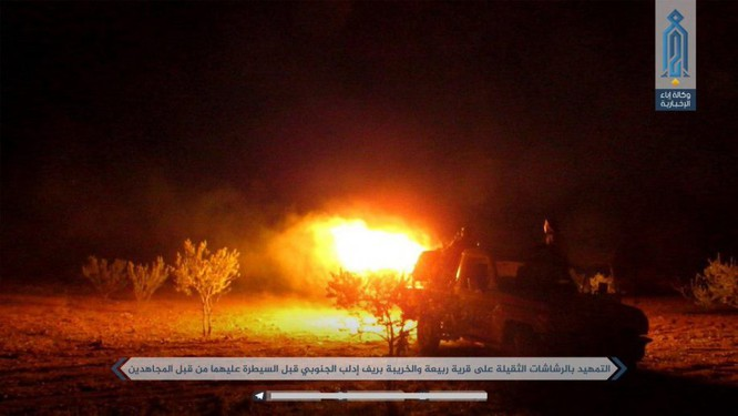 """""""Hổ Syria"""" đương đầu phản kích, diệt hàng trăm phiến quân tại chảo lửa Hama ảnh 10"""