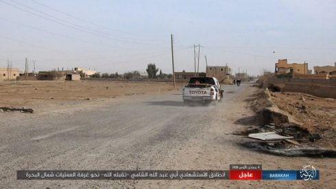IS đánh người Kurd điên đảo ở Deir Ezzor, hàng trăm tay súng hai bên thiệt mạng ảnh 4