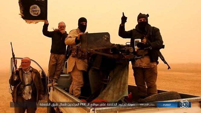 IS giáng đòn khiến người Kurd Syria điên đảo tại Deir Ezzor ảnh 1