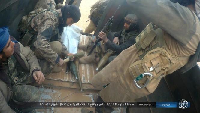 IS giáng đòn khiến người Kurd Syria điên đảo tại Deir Ezzor ảnh 3
