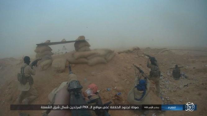 IS giáng đòn khiến người Kurd Syria điên đảo tại Deir Ezzor ảnh 10