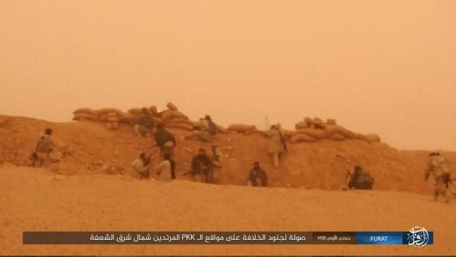 IS giáng đòn khiến người Kurd Syria điên đảo tại Deir Ezzor ảnh 13