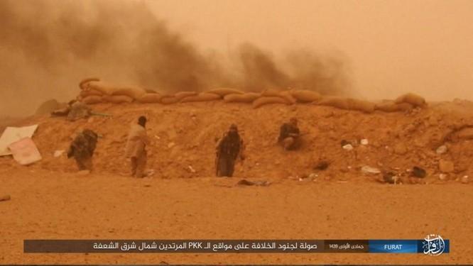 IS giáng đòn khiến người Kurd Syria điên đảo tại Deir Ezzor ảnh 14