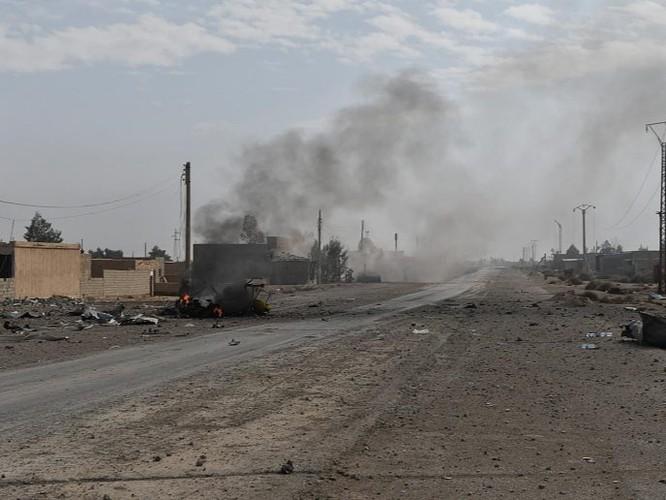 Hàng chục chiến binh IS bị diệt, quân đội Syria chiếm giữ nhiều vũ khí Mỹ ảnh 1