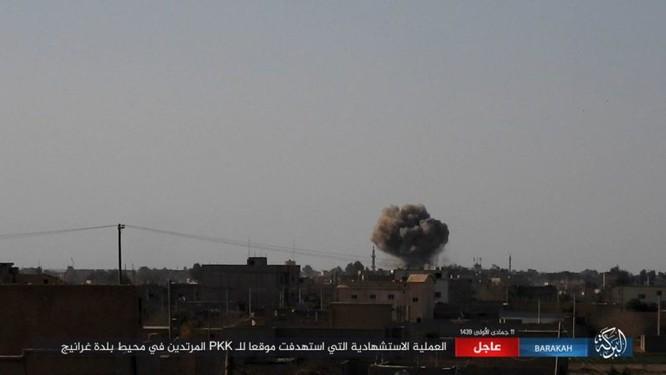 Hơn 400 phiến quân IS đền mạng trong một tháng ảnh 8