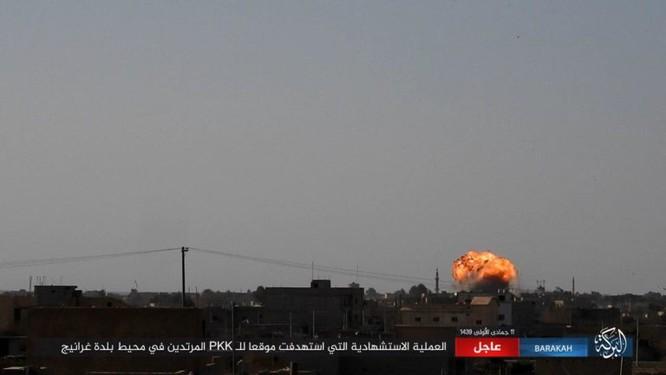 Hơn 400 phiến quân IS đền mạng trong một tháng ảnh 7
