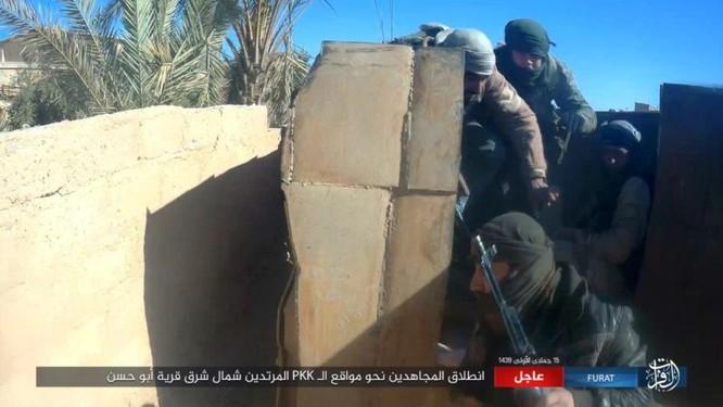 IS quần người Kurd tơi bời tại Deir Ezzor, hàng loạt chiến binh Kurd thiệt mạng ảnh 14