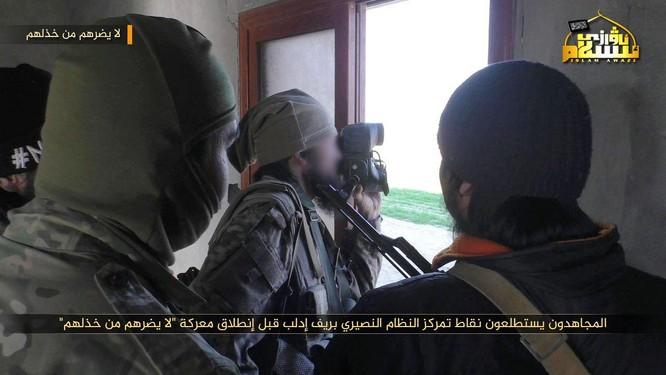 Phiến quân Syria người Duy Ngô Nhĩ phản công trên tuyến lửa Idlib ảnh 4