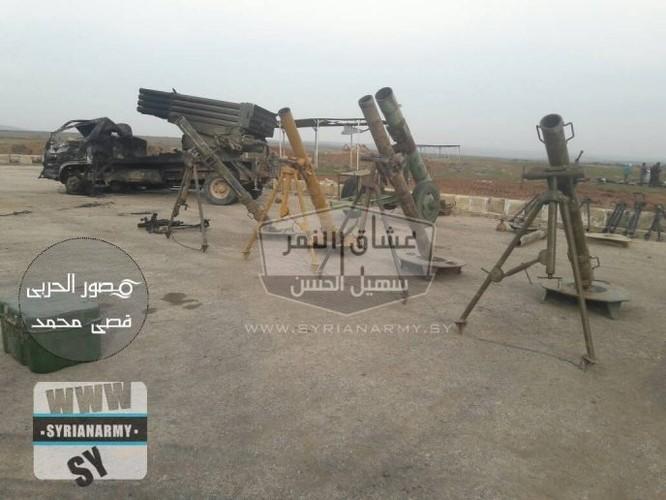 """""""Hổ Syria"""" tốc chiến chiếm kho vũ khí khủng của IS tại Hama ảnh 3"""