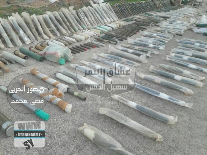 """""""Hổ Syria"""" tốc chiến chiếm kho vũ khí khủng của IS tại Hama ảnh 9"""