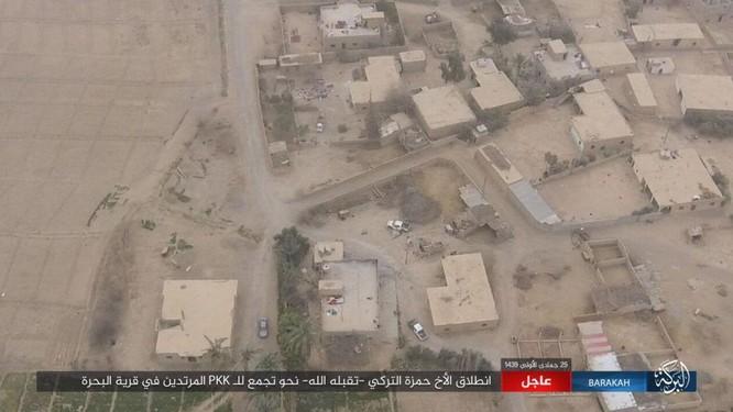 IS tung đòn tự sát, người Kurd tổn thất nặng ở Deir Ezzor ảnh 2