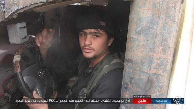 IS tung đòn tự sát, người Kurd tổn thất nặng ở Deir Ezzor ảnh 5