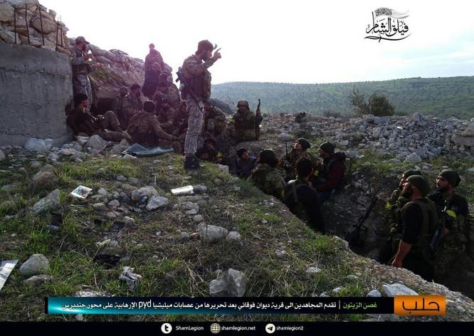 Người Kurd Syria đánh cầm chừng, quân Thổ chiếm thêm 2 thị trấn ảnh 5