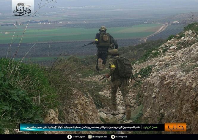 Người Kurd Syria đánh cầm chừng, quân Thổ chiếm thêm 2 thị trấn ảnh 6