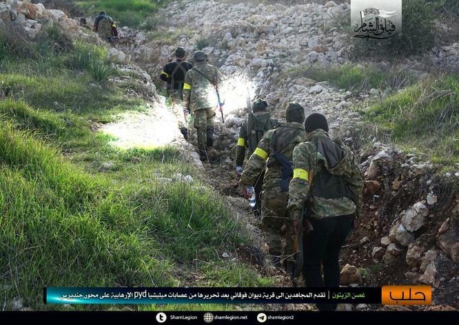 Người Kurd Syria đánh cầm chừng, quân Thổ chiếm thêm 2 thị trấn ảnh 7