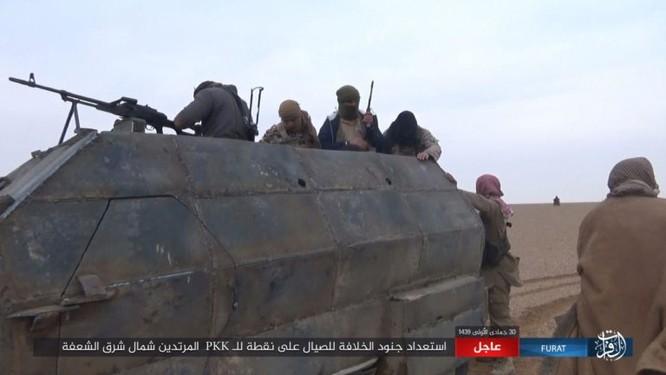 Mỹ lại không kích nhầm đồng minh, IS đánh người Kurd Syria điên đảo ảnh 13