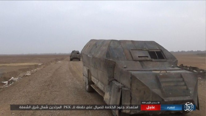 Mỹ lại không kích nhầm đồng minh, IS đánh người Kurd Syria điên đảo ảnh 14