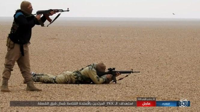 Mỹ lại không kích nhầm đồng minh, IS đánh người Kurd Syria điên đảo ảnh 20