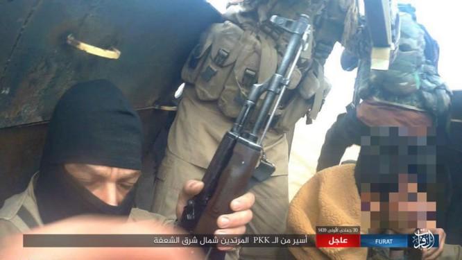 Mỹ lại không kích nhầm đồng minh, IS đánh người Kurd Syria điên đảo ảnh 23