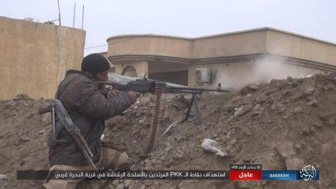 Mỹ lại không kích nhầm đồng minh, IS đánh người Kurd Syria điên đảo ảnh 7