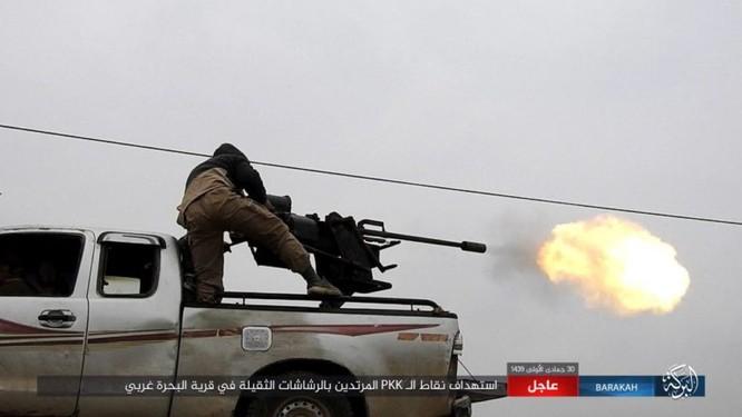 Mỹ lại không kích nhầm đồng minh, IS đánh người Kurd Syria điên đảo ảnh 11