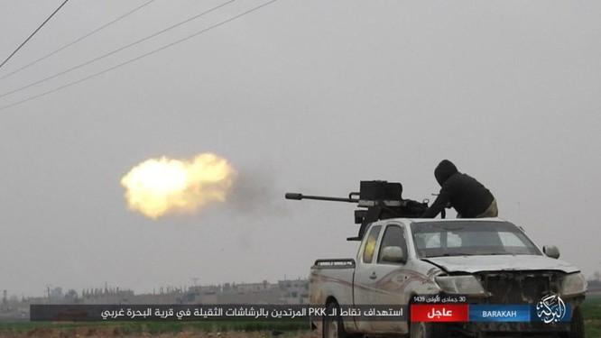 Mỹ lại không kích nhầm đồng minh, IS đánh người Kurd Syria điên đảo ảnh 12