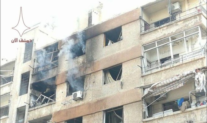 Phiến quân nã tên lửa đạn đạo khủng bố Damascus, Syria ảnh 1