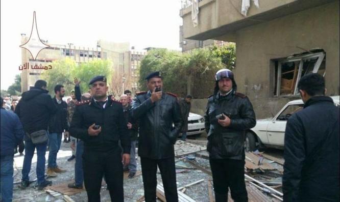 Phiến quân nã tên lửa đạn đạo khủng bố Damascus, Syria ảnh 2
