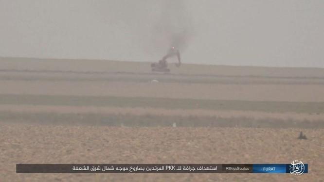 Thổ Nhĩ Kỳ xua quân tràn sang Syria, IS thừa cơ đánh người Kurd ở Deir Ezzor ảnh 1