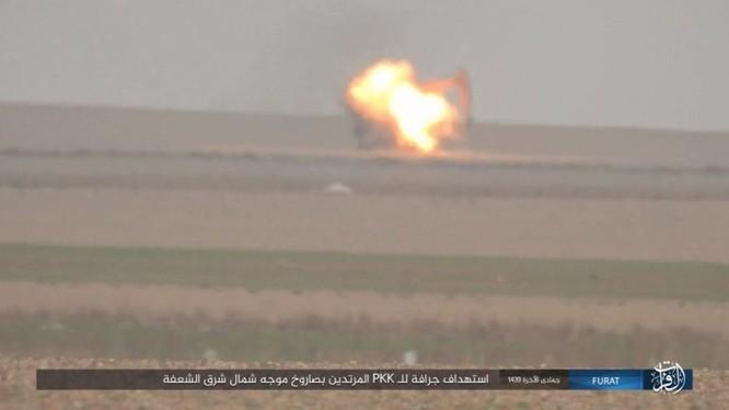 Thổ Nhĩ Kỳ xua quân tràn sang Syria, IS thừa cơ đánh người Kurd ở Deir Ezzor ảnh 2