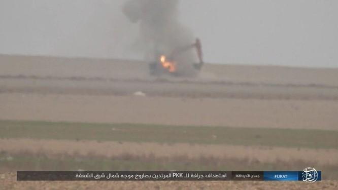Thổ Nhĩ Kỳ xua quân tràn sang Syria, IS thừa cơ đánh người Kurd ở Deir Ezzor ảnh 3