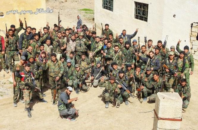 """""""Hổ Syria"""" sát cánh Vệ binh Cộng hòa phục hận phiến quân tại Đông Ghouta ảnh 7"""