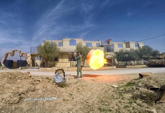 """""""Hổ Syria"""" sát cánh Vệ binh Cộng hòa triệt hạ phiến quân thánh chiến ở Đông Ghouta ảnh 7"""
