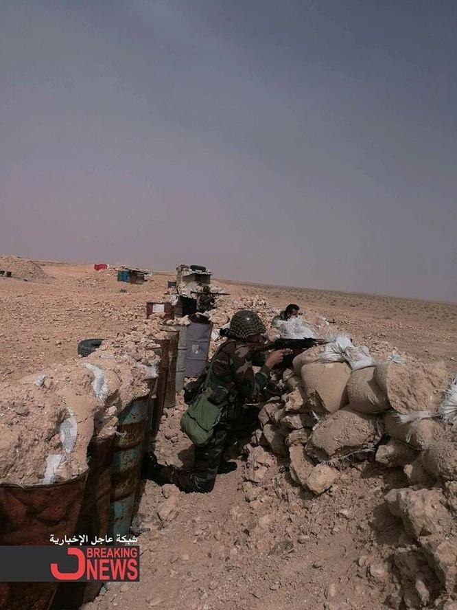 Quân Syria tấn công mở rộng kiểm soát sát căn cứ Mỹ trên sa mạc Damascus ảnh 3