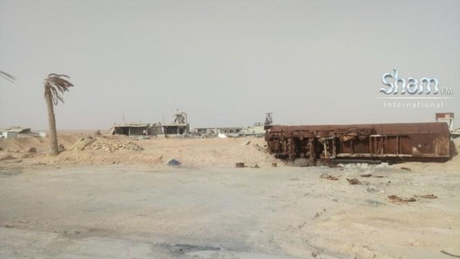 Quân Syria tấn công mở rộng kiểm soát sát căn cứ Mỹ trên sa mạc Damascus ảnh 7
