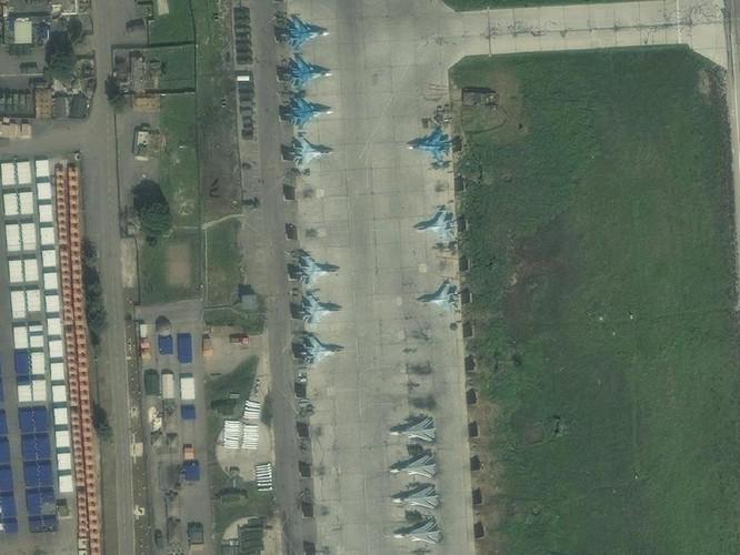 Ảnh vệ tinh công khai bí mật, Su-57 Nga vẫn hiện diện ở Syria ảnh 1