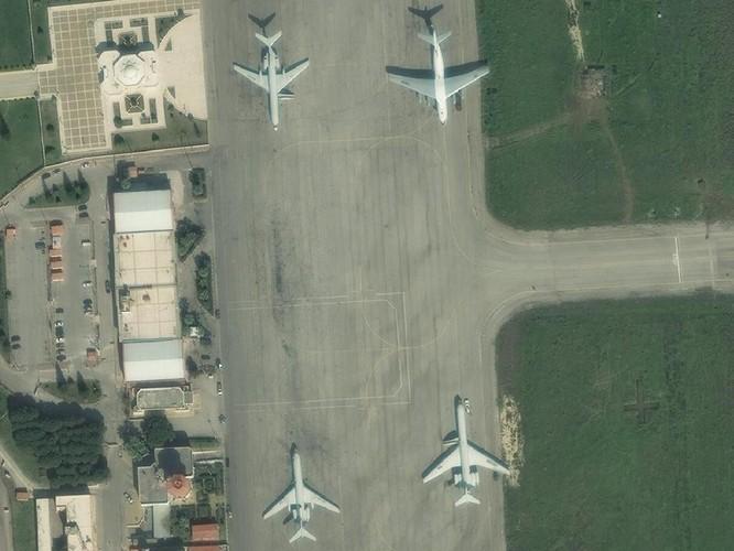 Ảnh vệ tinh công khai bí mật, Su-57 Nga vẫn hiện diện ở Syria ảnh 5