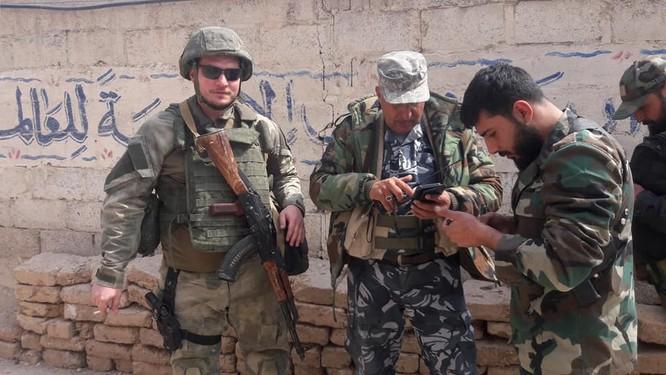 """""""Hổ Syria"""" xung trận chiếm thị trấn chiến lược ở Đông Ghouta sau hai ngày giao chiến sinh tử ảnh 3"""