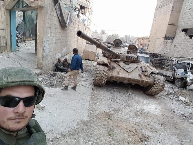 """""""Hổ Syria"""" xung trận chiếm thị trấn chiến lược ở Đông Ghouta sau hai ngày giao chiến sinh tử ảnh 4"""