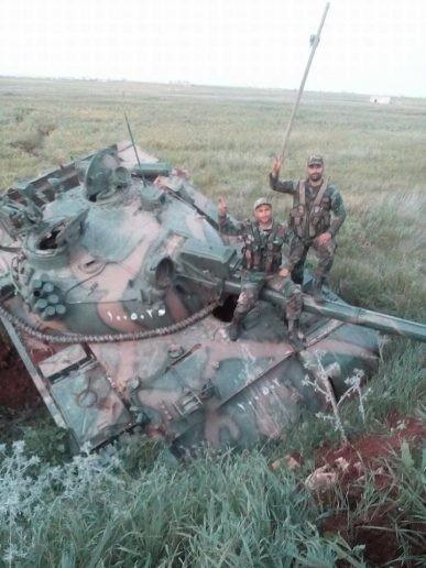 Nga giáng đòn trừng phạt quân thánh chiến Syria tại Hama ảnh 3