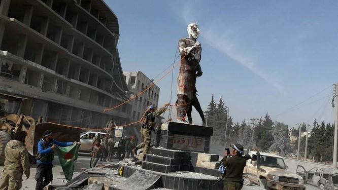 Người Kurd Syria đầu hàng, giao nộp thành phố Afrin cho Thổ Nhĩ Kỳ ảnh 3