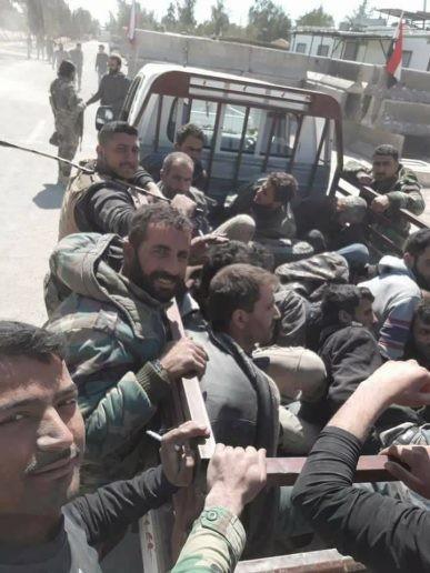 Nhóm thánh chiến lớn ở Đông Ghouta đầu hàng, quân đội Syria chiếm thị trấn then chốt ảnh 2