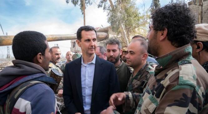 Quân đội Syria ép phe nổi dậy đang nguy khốn đầu hàng, tổng thống Assad thăm Đông Ghouta ảnh 6