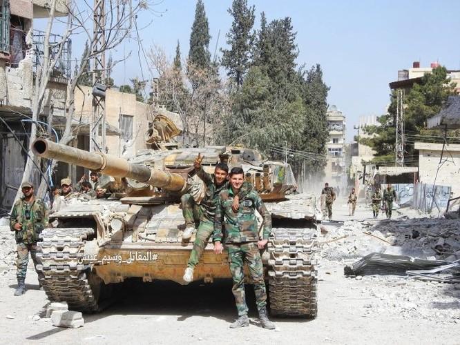 Quân đội Syria đè bẹp thánh chiến tử thủ cứ địa Kafr Batna, 80% Đông Ghouta được giải phóng ảnh 9