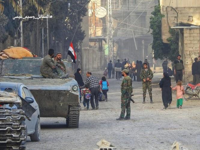 Quân đội Syria đè bẹp thánh chiến tử thủ cứ địa Kafr Batna, 80% Đông Ghouta được giải phóng ảnh 10