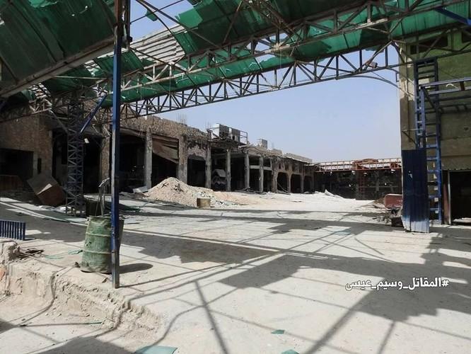 """Quân đội Syria tung đòn vào """"pháo đài"""" thánh chiến Đông Ghouta, chiếm xưởng chế tạo xe bom cảm tử ảnh 3"""