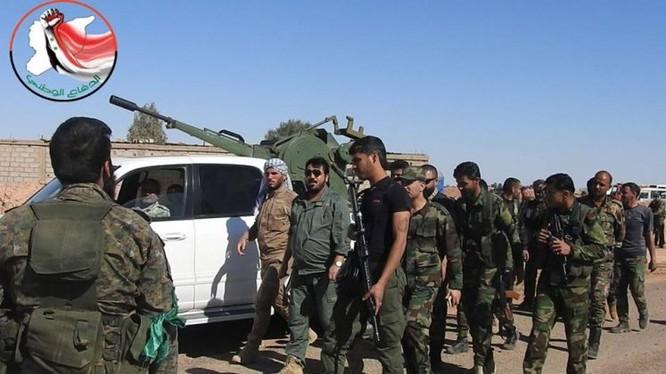 Hạ xong sào huyệt Đông Ghouta, quân đội Syria bắt đầu chiến dịch truy diệt IS trên sa mạc Deir Ezzor ảnh 3