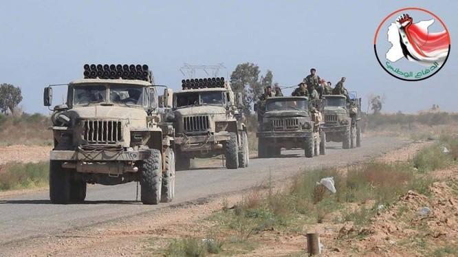 Hạ xong sào huyệt Đông Ghouta, quân đội Syria bắt đầu chiến dịch truy diệt IS trên sa mạc Deir Ezzor ảnh 5