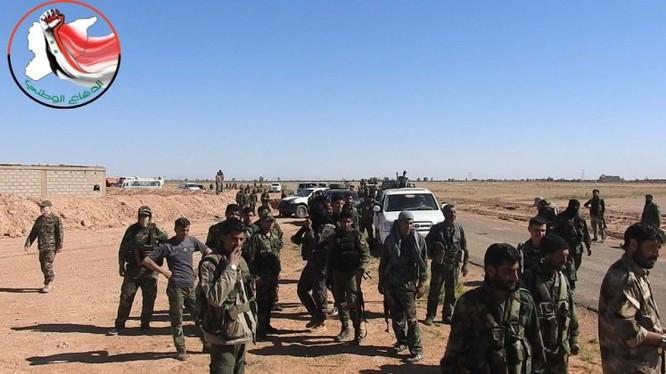 Hạ xong sào huyệt Đông Ghouta, quân đội Syria bắt đầu chiến dịch truy diệt IS trên sa mạc Deir Ezzor ảnh 6