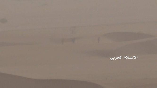 Phiến quân Houthi lại phóng tên lửa đạn đạo tấn công Ả rập Xê út ảnh 1